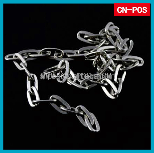 metal displayed large link chain for hanging goods
