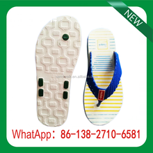 Men Crystal sandals in the summer the beach flat bottom with anti-slip plastic outdoor father shoes