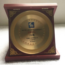 Manufacturers Custom Plating 24K Gold and wooden box souvenirs Wooden plaque for award