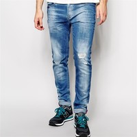 Skinny light blue funky men jeans in wash