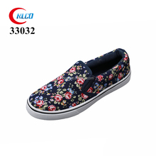 new pattern chinese style slip on cheap canvas shoes
