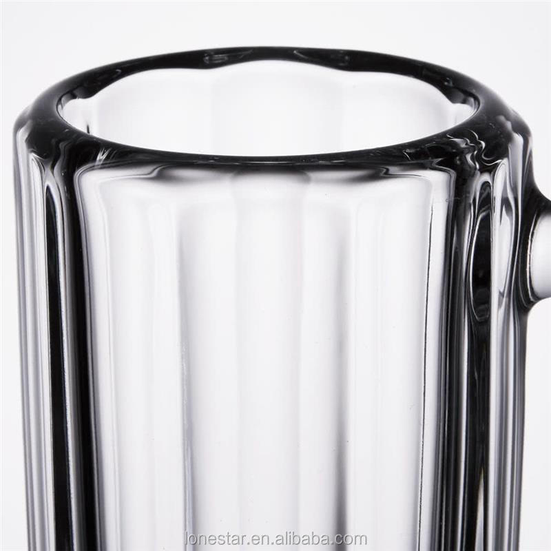 New design glass beer mug for wholesales