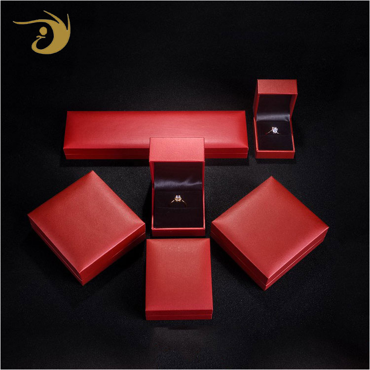 Custom Logo Printed Luxury Wholesale Jewelry Box Hinge ,Wedding Ring Box
