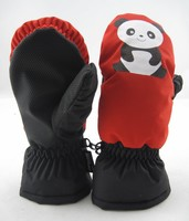 Manufactory direct sale winter kids thinsulate red panda gloves