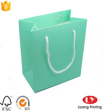 Custom offset printed light blue paper gift packaging bag