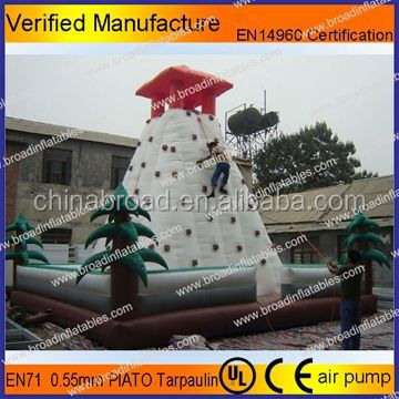 Competitive price giant inflatable sports games