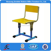Training room metal frame and wooden desktop height adjustable desks and chairs