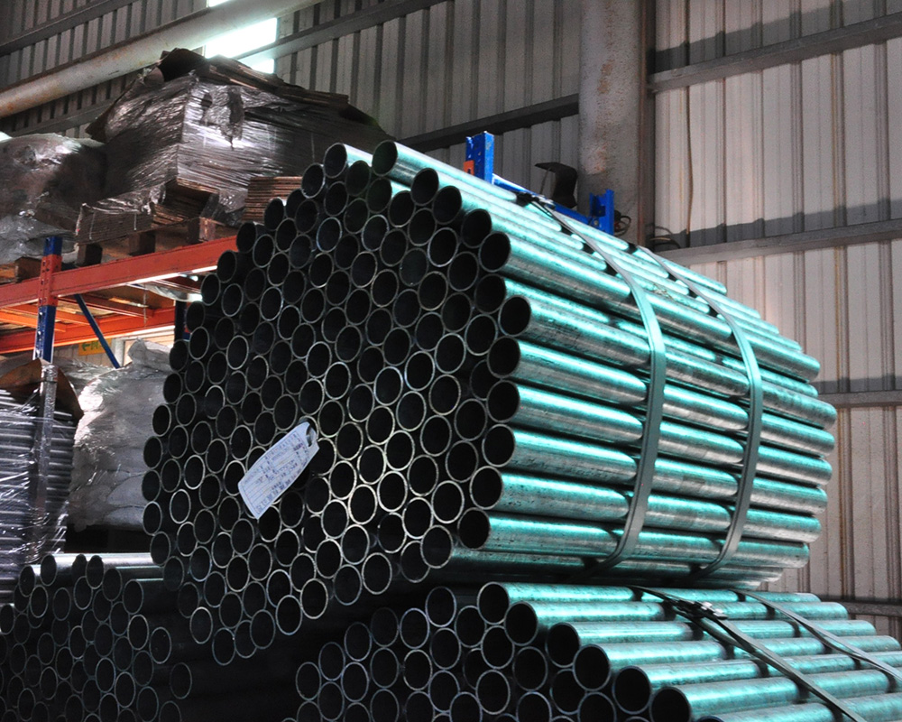 Provide shape round rectangular square steel tube from Taiwan