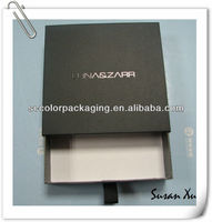 Square cigarette folding packaged box