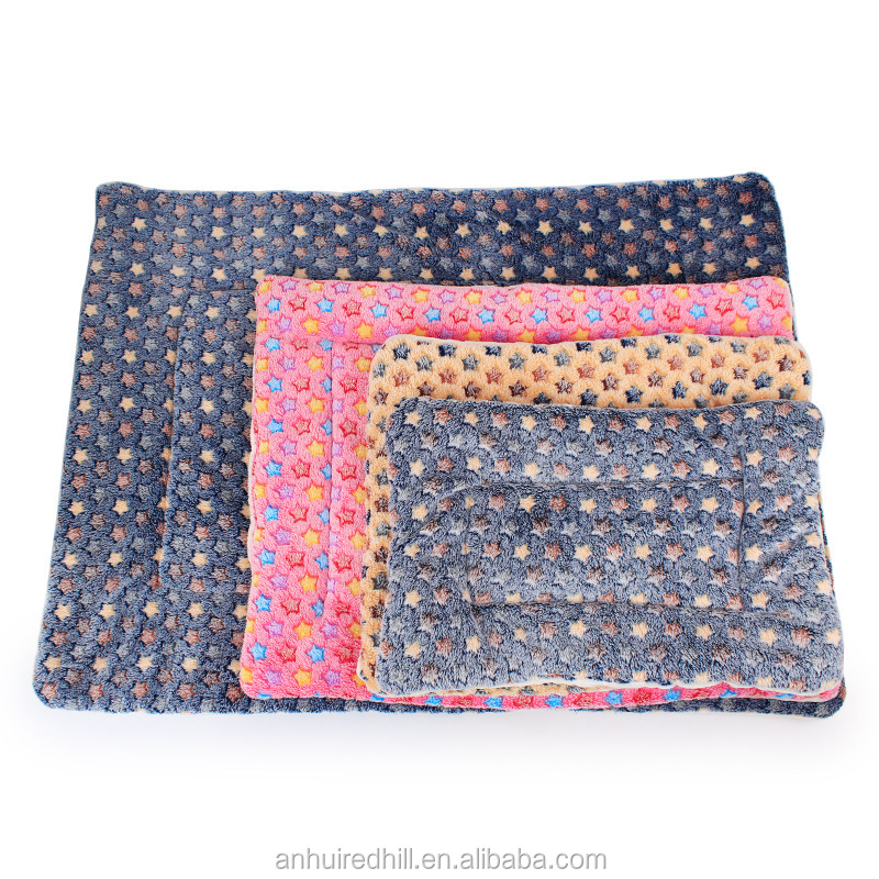 Wholesale warm Fleece Pet Mat dog blanket
