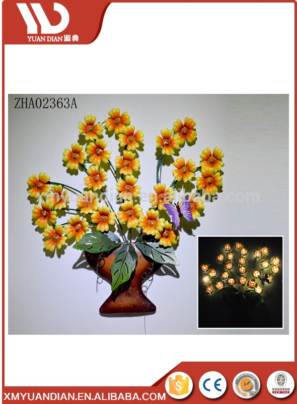solar lighted wall hanging metal with flower design wall light