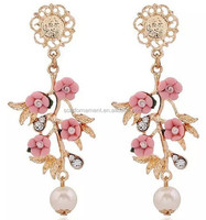 Korean Custom Baroque Fashion Polymer Clay Jewelry Pink/Green Flowers And Gold Leaf Dangle Earrings With Pearl Pendant