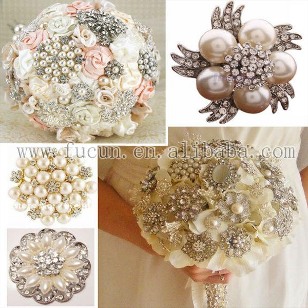 rhinestone brooch bouquet application 4.jpg