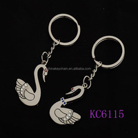 Wholesale metal cute animals Swan shapes couple keychains