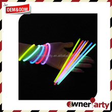 Hot Sell New Style Glow In The Dark Party Items Glow Stick