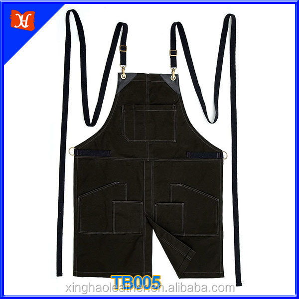 Man workership waxed canvas with black leather grilling apron,cooking apron