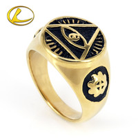 Fashionable golden color triangle eye fashionable mens rings stainless antique military college ring