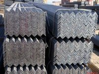 hot rolled carbon angle iron in low price from zhengfeng steel with CE certificate