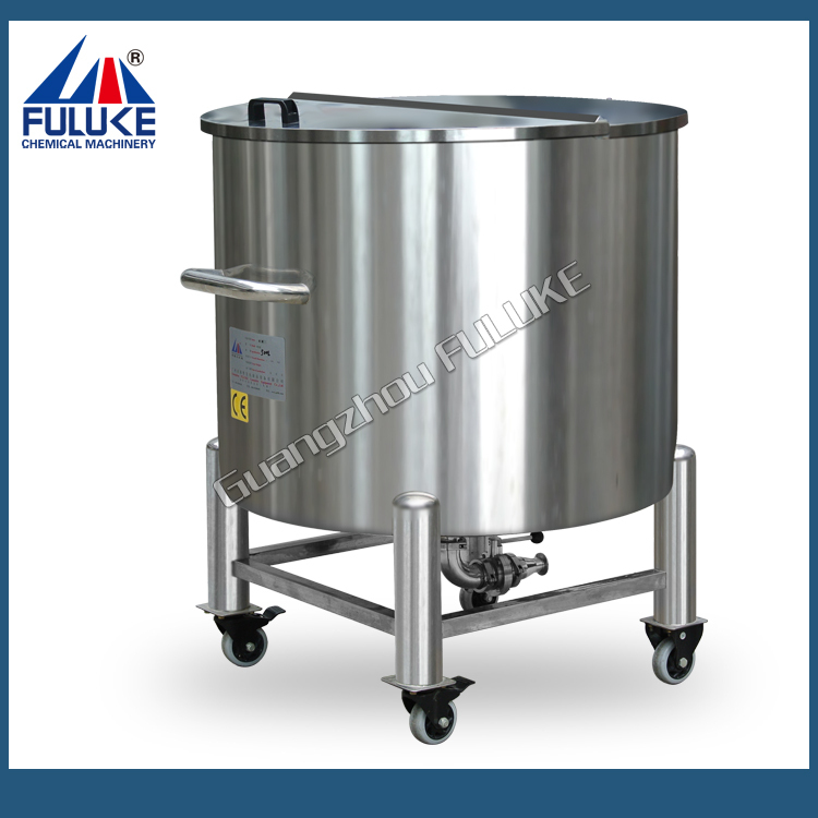 2015 FLK stainless steel 15.5 gallon beer keg with rollers