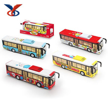 2016 hot sale model alloy plastic toy bus with sound and light
