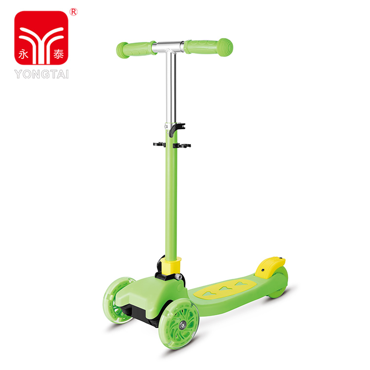 Portable Outdoor Kids Kick Tri-Scooter, Good Quality PVC Handle Foot Scooter