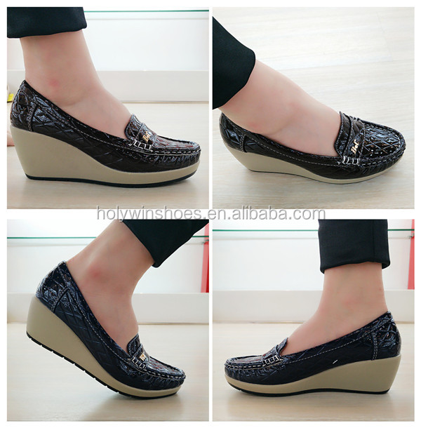 Moccasin style no heel wedge shoes
