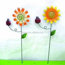 Garden Ornaments Glass Fluorescence Ball Metal Sunflower Garden Wire Stake Factory