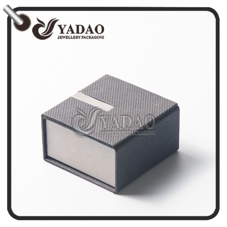 black and white paper jewelry boxes packaging for jewelry