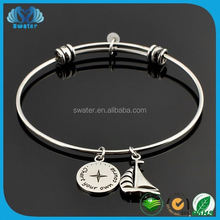 2015 Newest Different Kinds Promotional High Quality Fashion Designs Bracelet And Ring Connected
