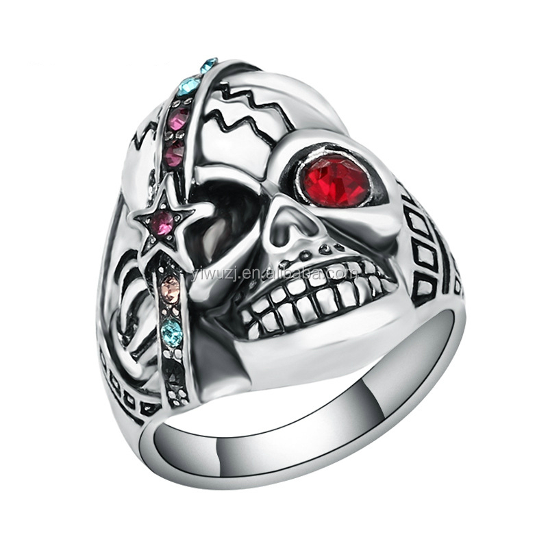 Fashion Punk Skull Rings Classic Vintage Jewelry Stainless Steel Cool Star Shape Red Crystal ring