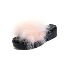 2017 new popular platform fancy fur shoes china slipper