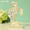 Fashionable polyresin arts and crafts lovers head figurine wedding decor