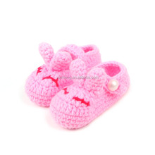 Fashion pink rabbit baby shoe wholesale knitted shoe for baby