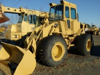 1977 Cat 930 Rubber Tire Loader