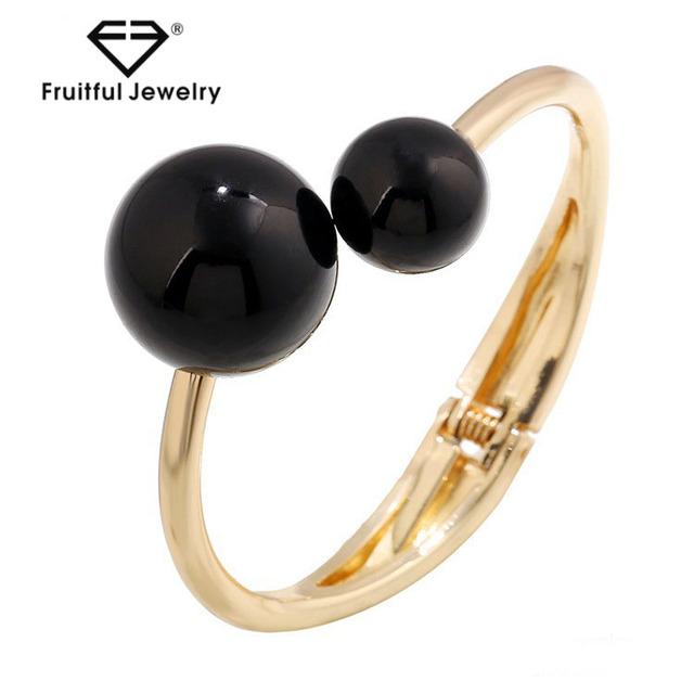 Wholesale upscale bracelet stylish different sizes black pearl bracelet bead bracelet popular bangles buy bangles