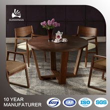 assembly large round dining table designs in wood