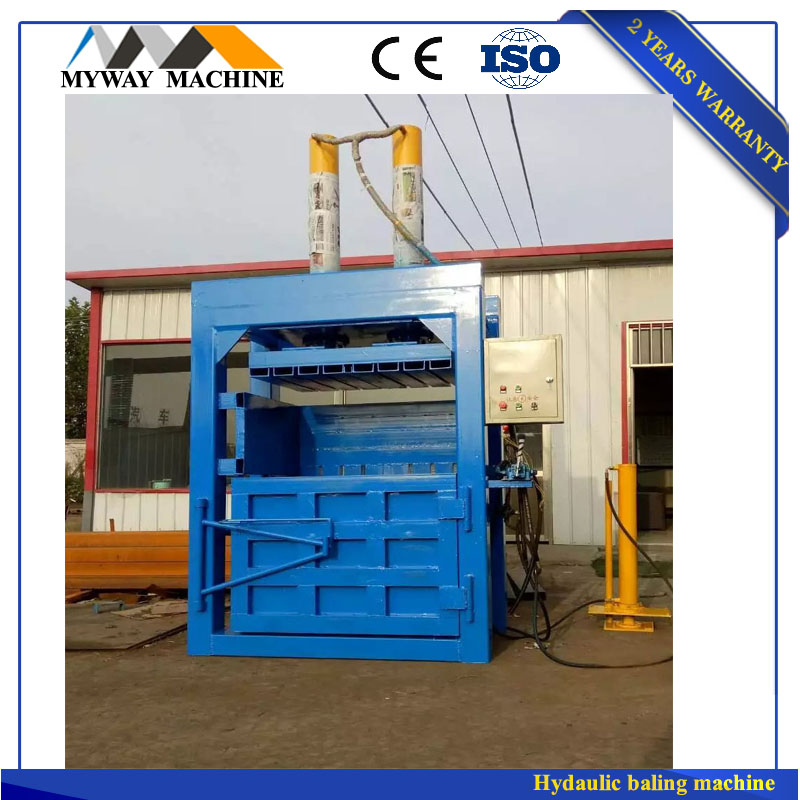 Hay straw bale compress baler machine