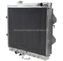 auto spare parts forTOYOTA Hilux Radiator 97-05 RZN149 RZN174 2.7L AT