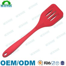 Factory wholesale silicone slotted egg turner