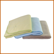 Cheap Brand Polyester Polar Fleece Hotel Blanket