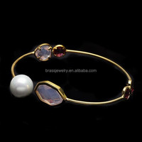 Hot Selling in American Market Beautiful Designs Fashion Pearl Beads and Glass Stone 22K Gold Bangle