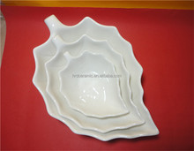 High quality wholesale leaf shape Ceramic Main Course Dishes