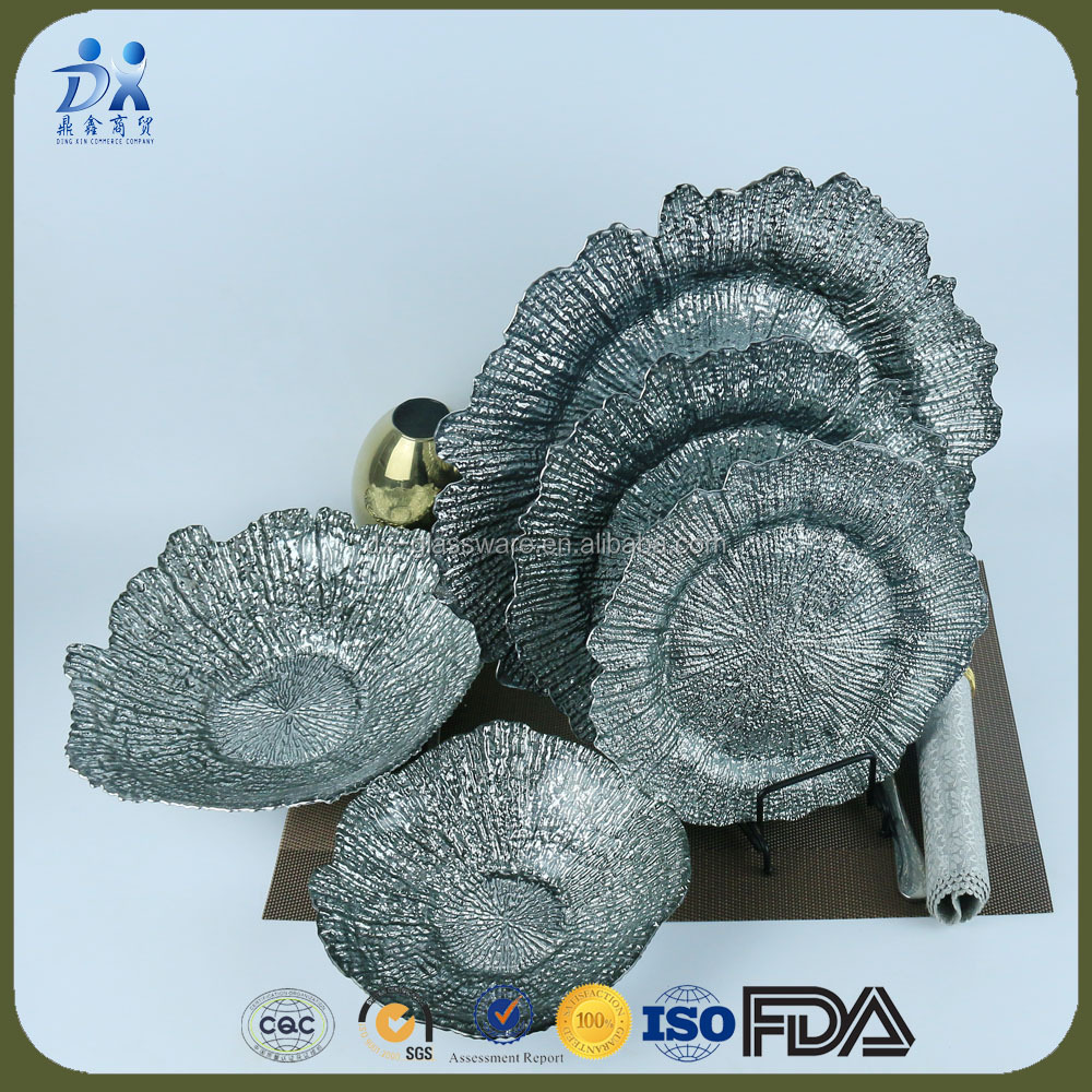 2017 new designed silver Reef glass charger plates and bows set,charger plates wedding