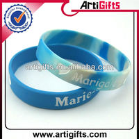 Cheap customized wristband silicone with assorted color