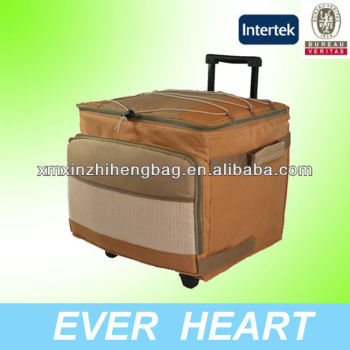 Insulated rolling 600D polyester foldable cooler bag with trolley
