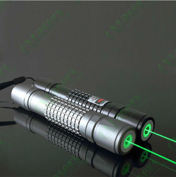 OXLasers OX-G40 532nm handheld 200mW Focusable Burning Green Laser Pointer Torch burn matches light cigarettes