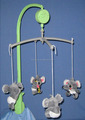 Hot selling hand crank baby mobile musical hanging toys