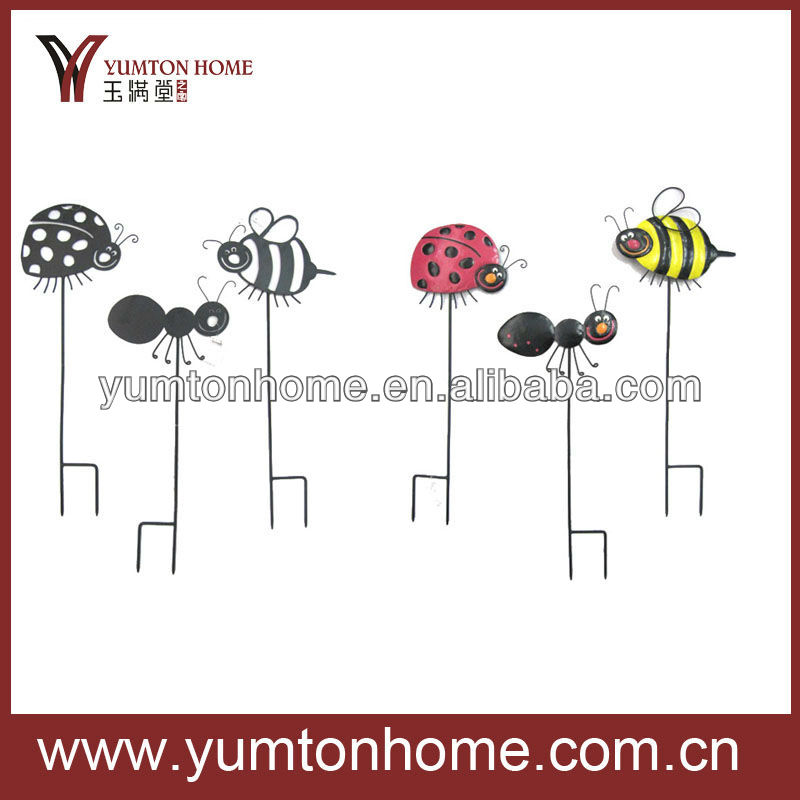 Metal decorative insects garden stakes