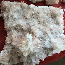Wholesale natural raw crystal points quartz crystal Cluster specimen