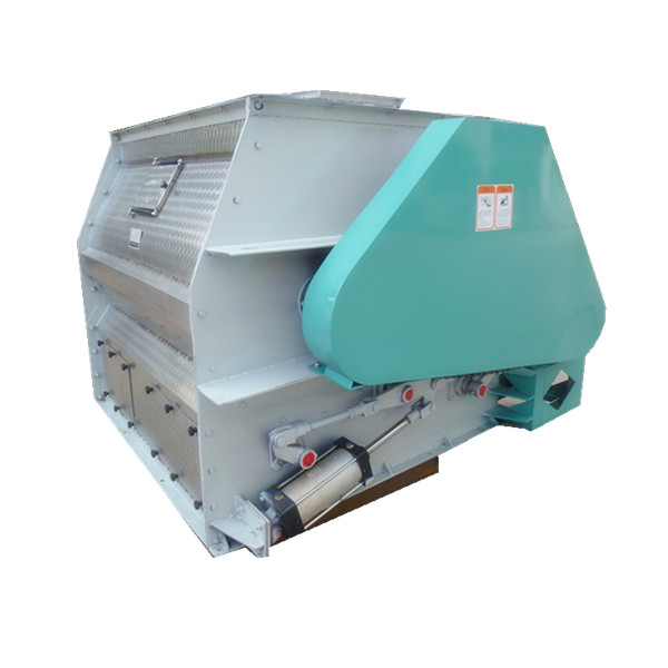 animal feed mill In the animal feed milling industry different materials (cereals, coarse powders, fine powders, mash, bran, liquids and molasses) are milled, fed and weighed, and mixed together including additives to obtain the final product.